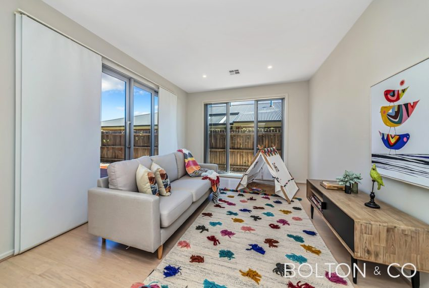 92 Peter Cullen Way, Wright 17