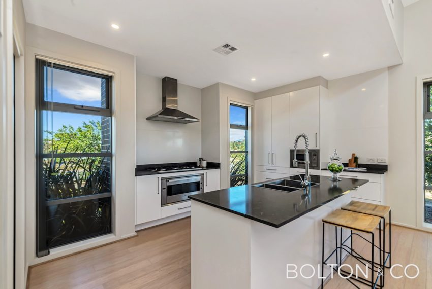 92 Peter Cullen Way, Wright 2