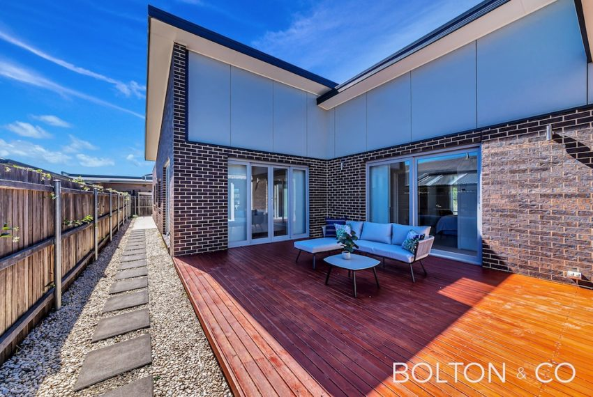 92 Peter Cullen Way, Wright 25