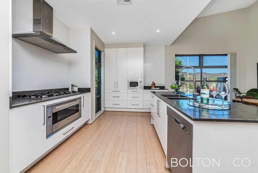 92 Peter Cullen Way, Wright 27