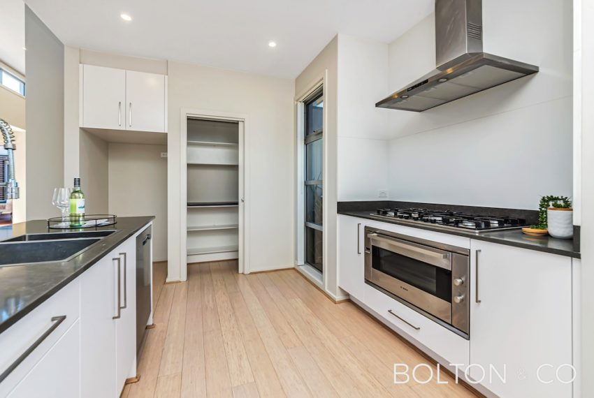 92 Peter Cullen Way, Wright 28