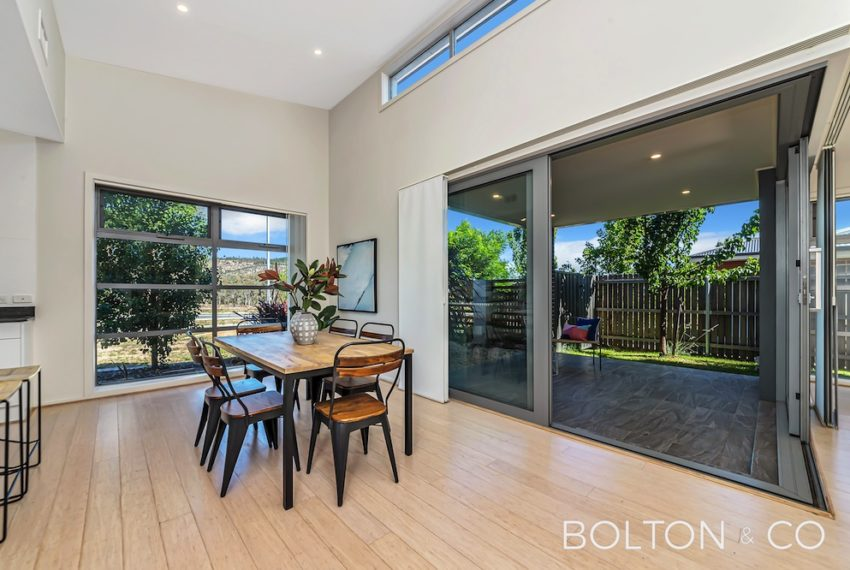 92 Peter Cullen Way, Wright 3