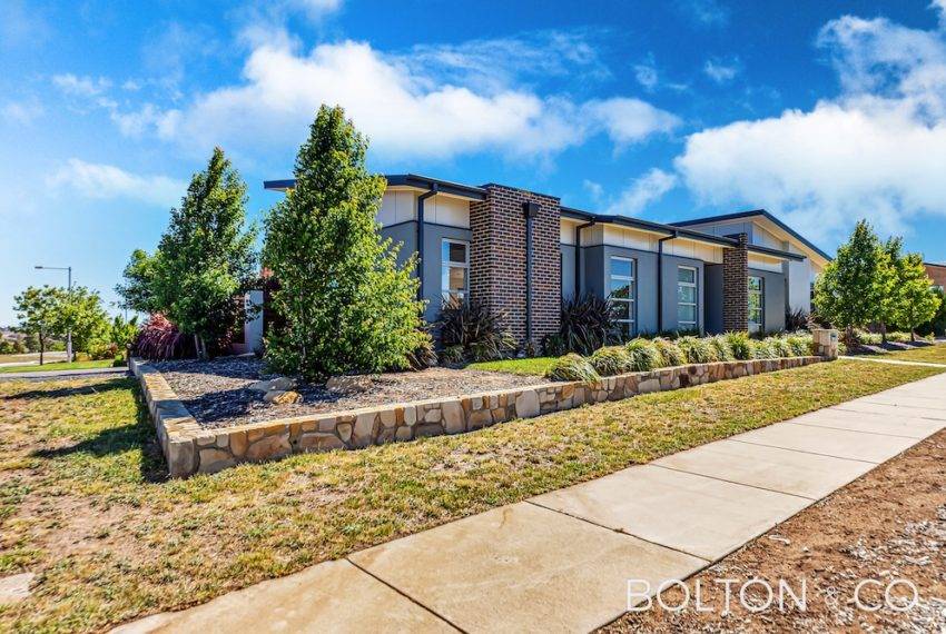 92 Peter Cullen Way, Wright 31