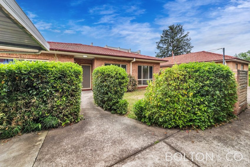 16 Towns Cres, Turner-12